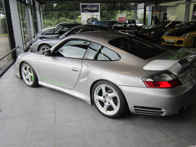 996 GT-2 conversion into 918 Syder edition